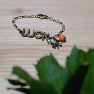 bracelet luck